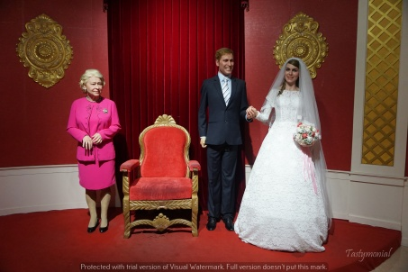 wax musseum bana hills danang william kate queen elizabeth
