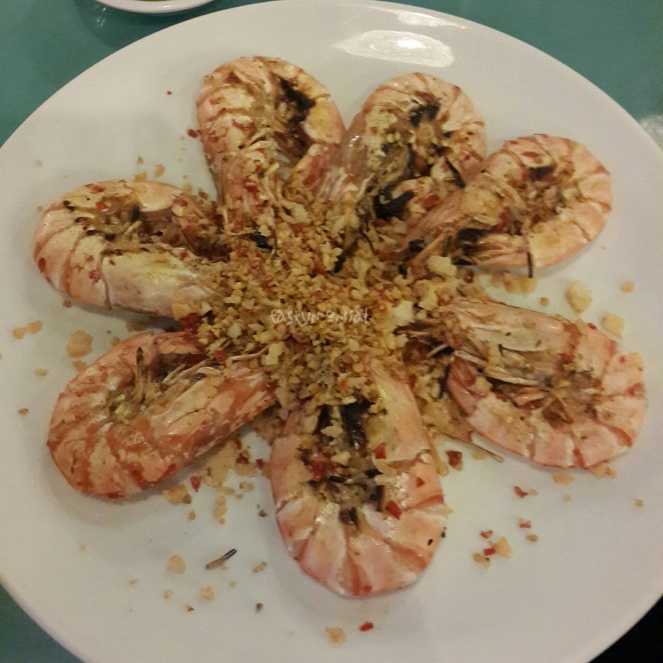 Giant River Prawn wokked with crystal salt and chili