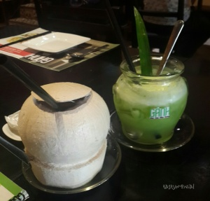 Coconut (30.000 vnd) and Nuoc Ep Ganh (42.000 vnd)