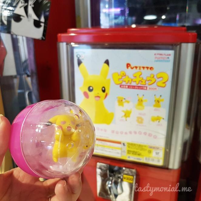 Pikachu Gachapon Gashapon Japan