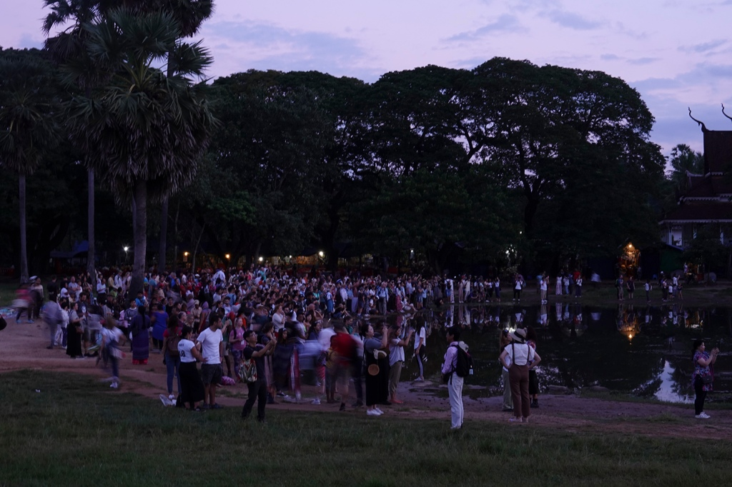 People waiting for Sunrise at Angkor Wat