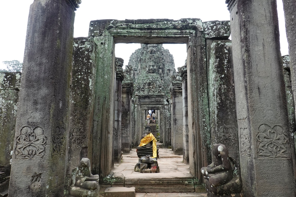 Welcome to Bayon Temple Angkor Thom