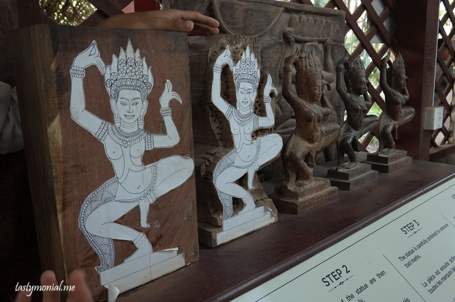 Step by step wood carving Artisan d'angkor cambodia